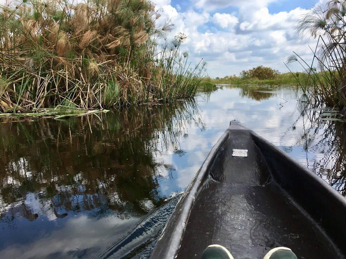 Varen door de Okavango Delta met een kano